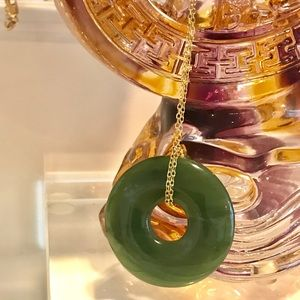 New Stunning jade circle pendant with necklace